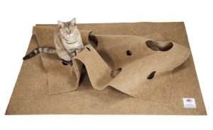Cat Product guide to cat puzzle toys - the Ripple Rug